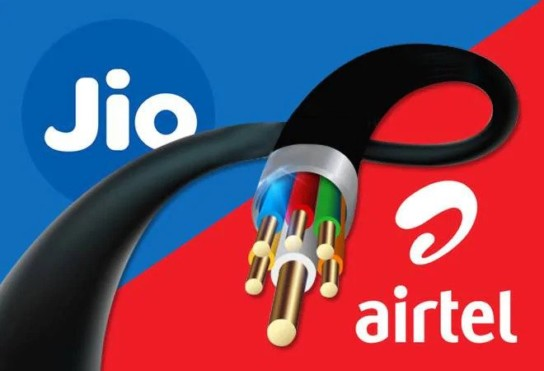 Reliance Jio GigaFiber vs Airtel vs ACT Fibernet: Broadband speed, data plans, price comparison